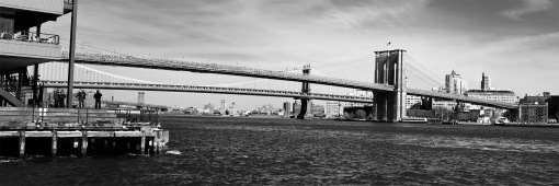 brooklyn bridge pano 9x3 bw